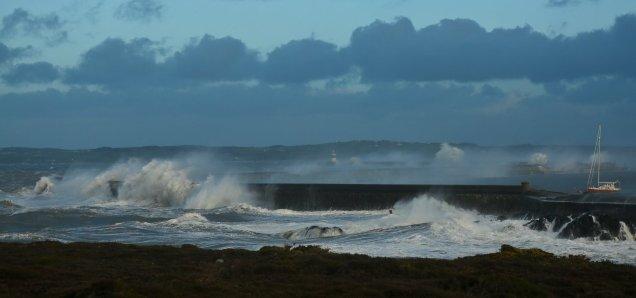 breakwater_storm_2